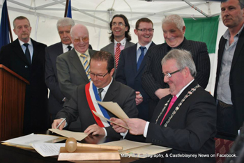 town council signing
